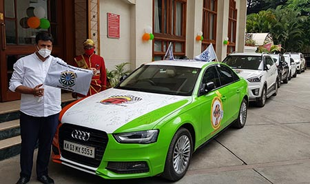 The Freedom Drive was flagged off by Shri M Goutham Kumar, the Honourable Mayor of Bangalore.