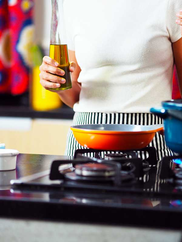 Using different cooking oils can balance vitamins in our body