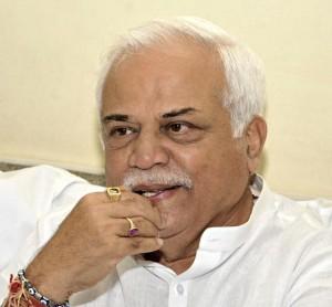rv deshpande education minister, karnataka