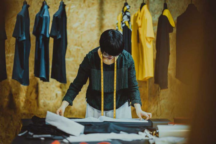 Sewing Your Own Clothes Grows in Popularity